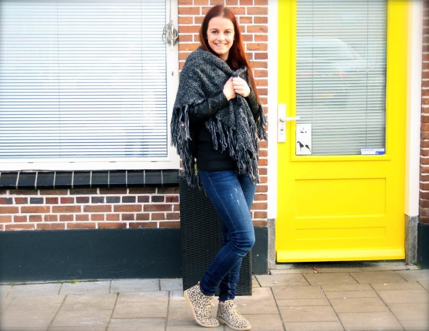 Blog-beauty-en-fashion-pastel-omslagdoek-zwart-gemeleerd-sjaalskopen.nl