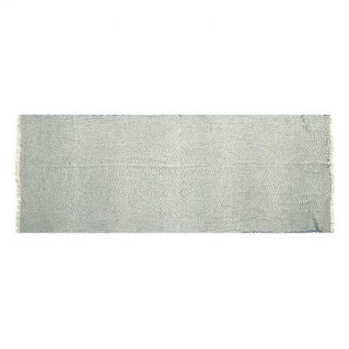 Effen-omslagdoek-grijs-heerlijk-warm-kopen-bij-Sjaalskopen.nl-grote-omslagdoek-liggend