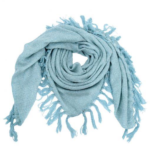 Omslagdoek-licht-blauwe-omslagdoek-kopen-bij-Sjaalskopen.nl-omslagdoek-acryl-hals-gevormd