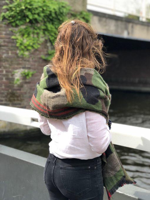 Sjaalskopen.nl-omslagdoek-groen-army-print-kopen-grote-army-groen-sjaal