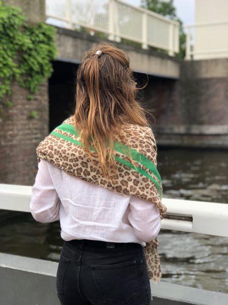 Sjaalskopen.nl-omslagdoek-panter-kopen-grote-panter-sjaal