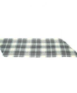 geruite-omslagdoek-kopen-bij-Sjaalskopen-gemaakt-van-acryl-goedkoop-kleur-grijs-liggend